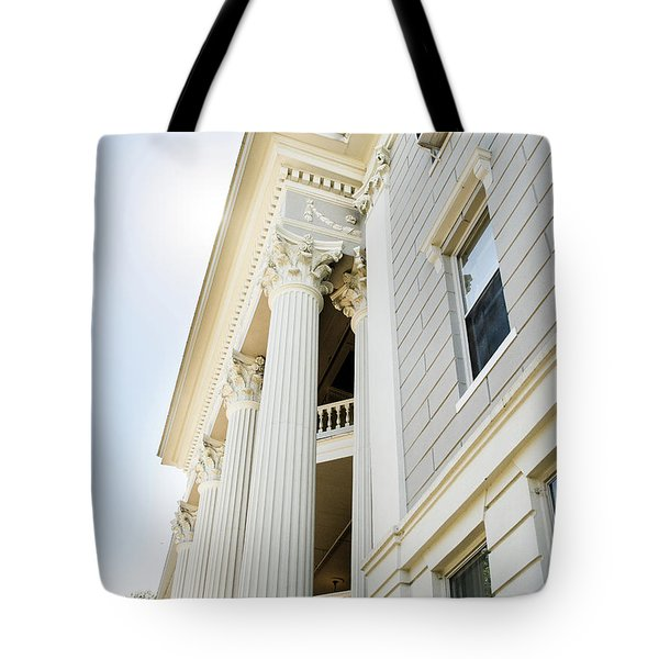 Tote Bag featuring the photograph Uga Beauty by Parker Cunningham