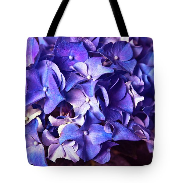 Tote Bag featuring the photograph Ultra Violet Dance by Silva Wischeropp