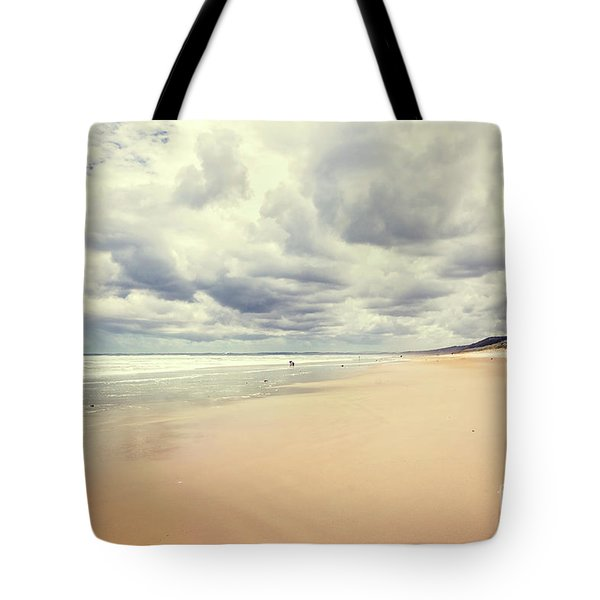 Tote Bag featuring the photograph Under A Southern Sky by Linda Lees