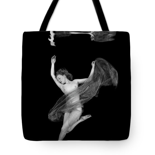 Underwater Beauty 001 Tote Bag