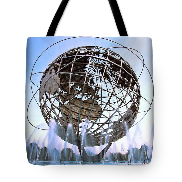Unisphere With Fountains Tote Bag