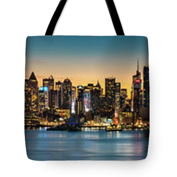 Tote Bag featuring the photograph Uptown And Midtown At Sunrise by Francisco Gomez