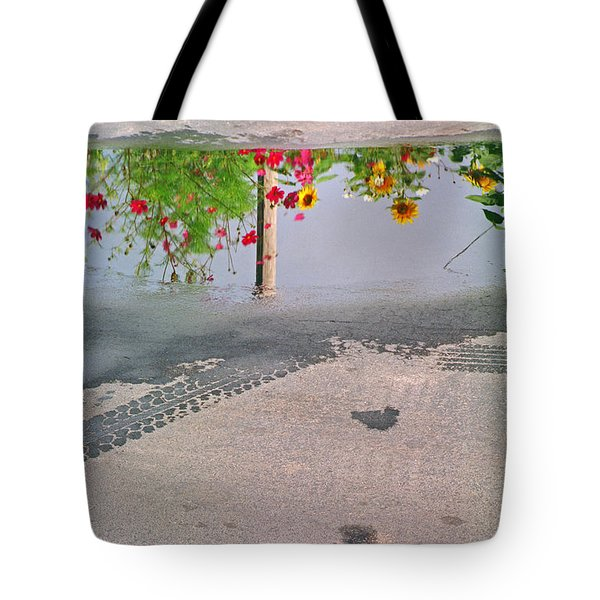 Urban Contrails Tote Bag