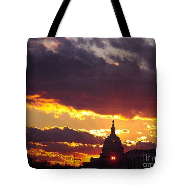 U.s. Capitol Dome At Sunset Tote Bag