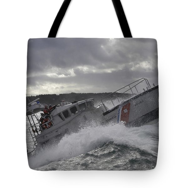 U.s. Coast Guard Motor Life Boat Brakes Tote Bag by Stocktrek Images