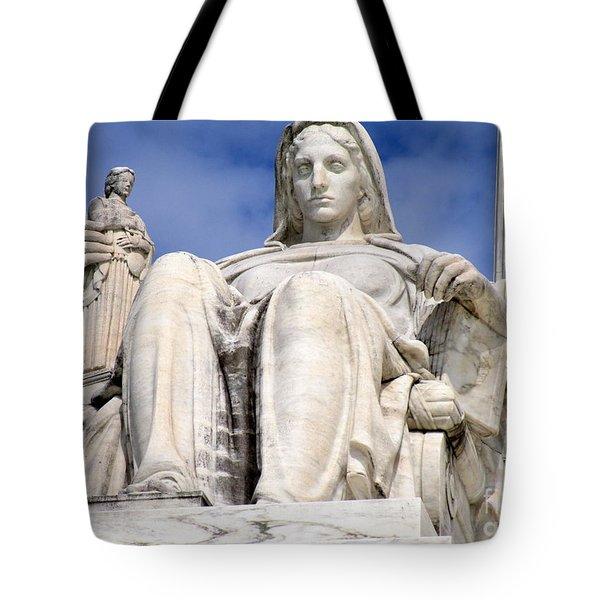 Us Supreme Court 7 Tote Bag