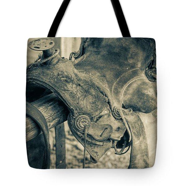 Used Saddle Tote Bag