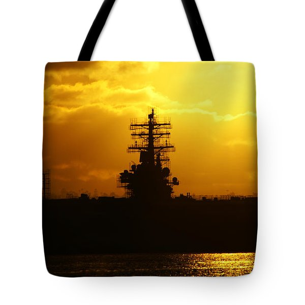 Uss Ronald Reagan Tote Bag by Linda Shafer