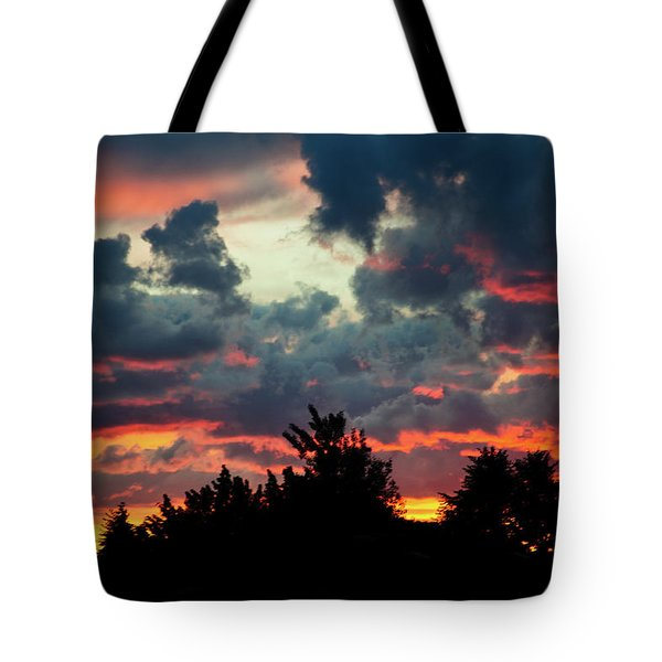 Tote Bag featuring the photograph Utah Sunset by Bryan Carter