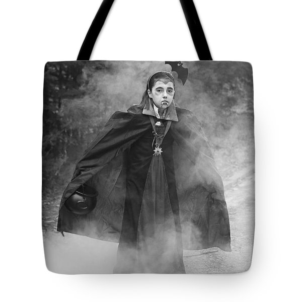 Vampire In The Fog Tote Bag by Barbara West