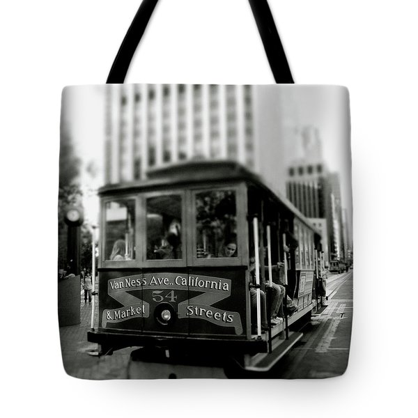 Van Ness And Market Cable Car- By Linda Woods Tote Bag
