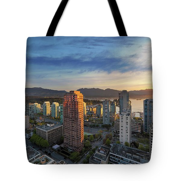 Vancouver Bc Cityscape At Sunset Tote Bag by David Gn