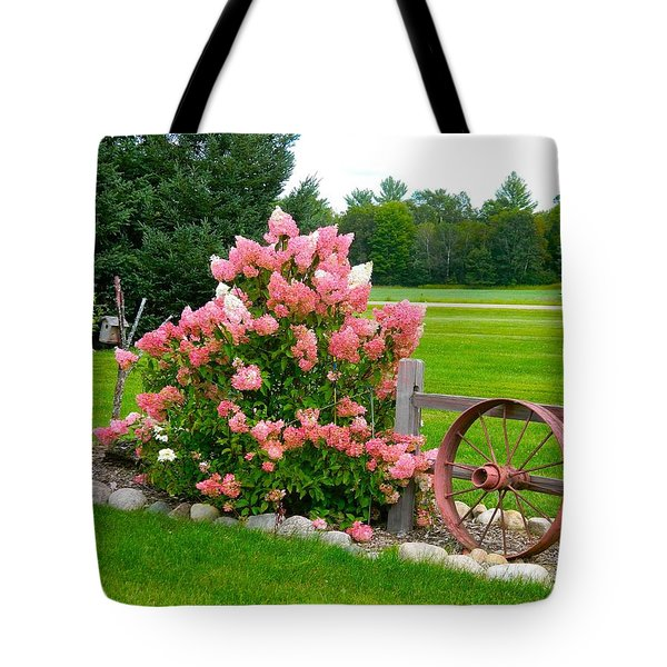 Tote Bag featuring the photograph Vanilla Strawberry Hydrangea by Randy Rosenberger
