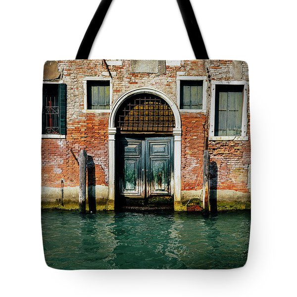 Venetian House On Canal Tote Bag