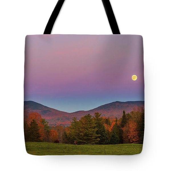 Vermont Fall, Full Moon And Belt Of Venus Tote Bag