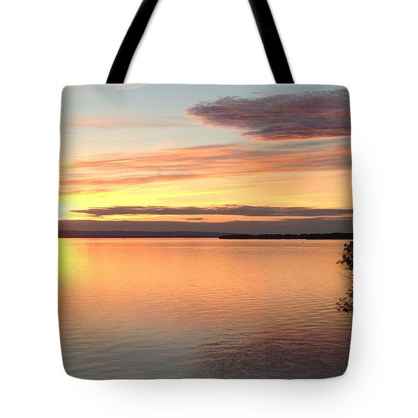 Tote Bag featuring the photograph Vermont Sunset, Lake Champlain by Felipe Adan Lerma