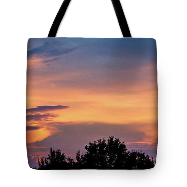 Vero Sunrise Tote Bag