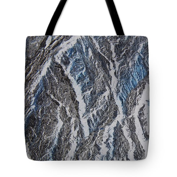 Tote Bag featuring the photograph Vertical Climb by Lenore Senior