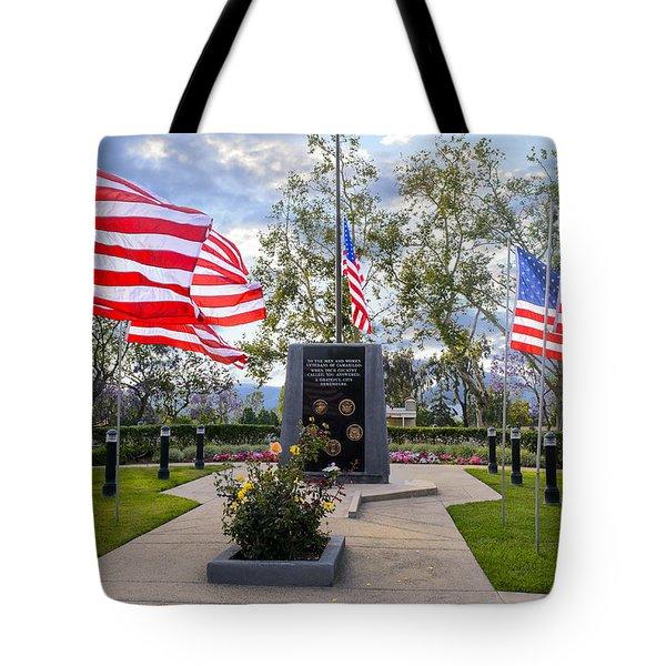 Veterans Monument Camarillo California Usa Tote Bag