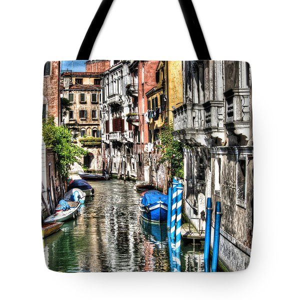 Viale Di Venezia Tote Bag by Tom Cameron
