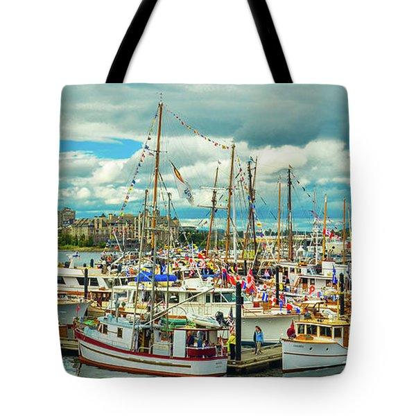 Victoria Harbor 1 Tote Bag