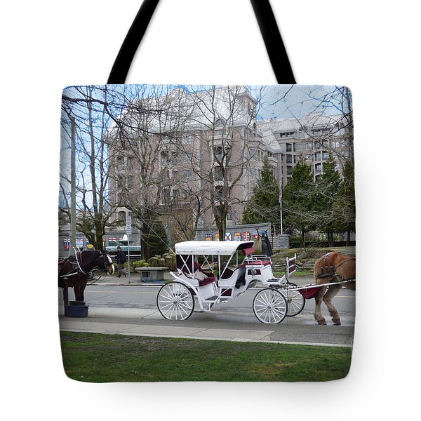 Victoria Horse Carriages Tote Bag