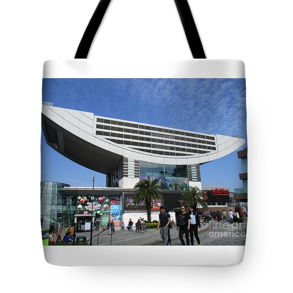 Tote Bag featuring the photograph Victoria Peak 3 by Randall Weidner