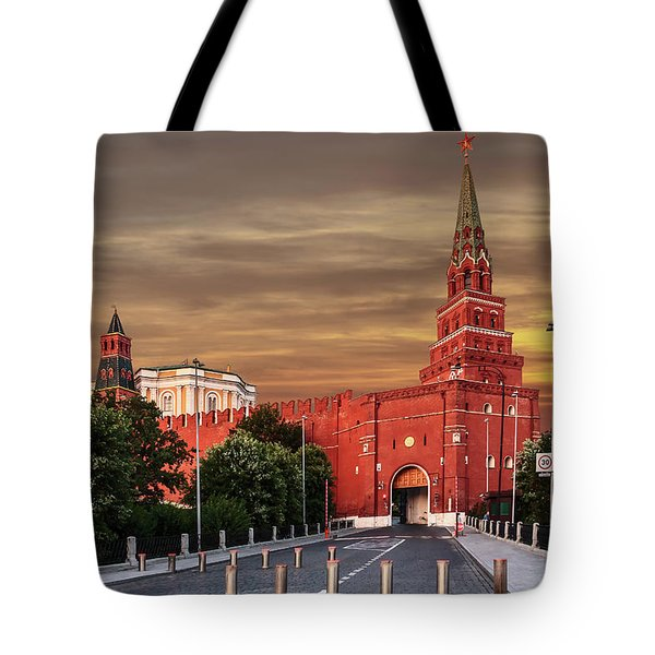 View Of The Borovitskaya Tower Of The Moscow Kremlin Tote Bag