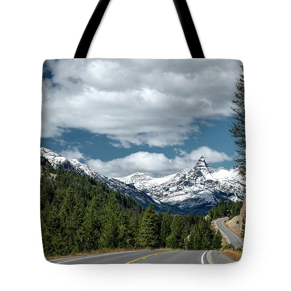 View Of The Pilot Peak From Highway 212 Tote Bag