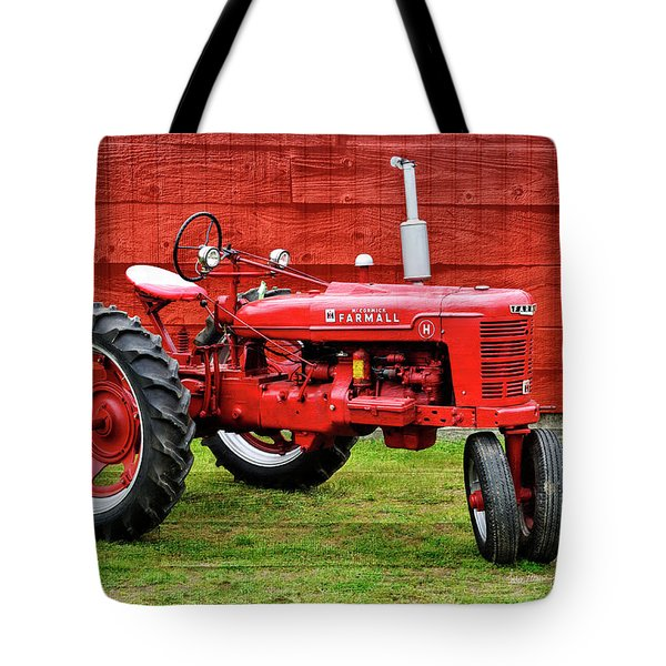 Vintage Farmall Tractor With Barnwood Tote Bag