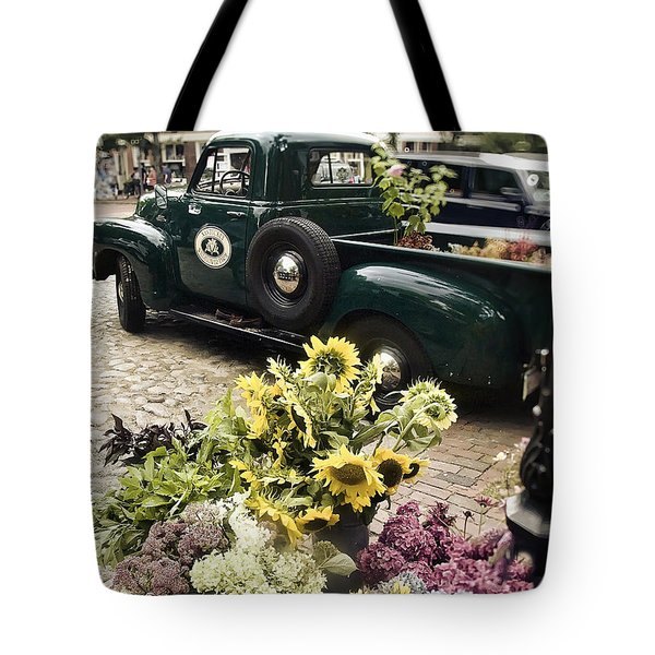 Vintage Flower Truck-nantucket Tote Bag