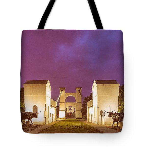 Vintage Photograph Of The Waco Suspension Bridge And Chisholm Trail At Dawn - Downtown Waco - Texas Tote Bag
