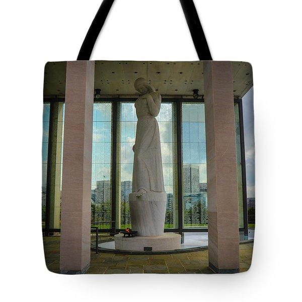 Virginia War Memorial Tote Bag