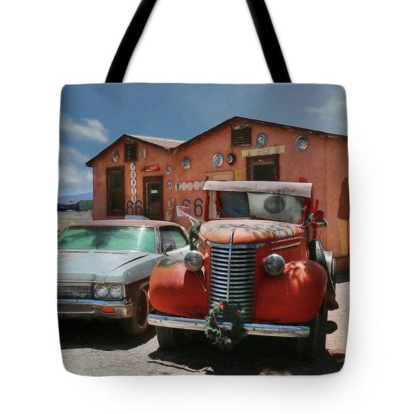Tote Bag featuring the photograph Vista Motel by Lori Deiter