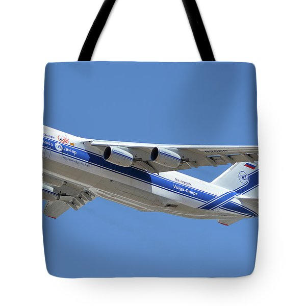 Tote Bag featuring the photograph Volga-dnepr An-124 Ra-82068 Take-off Phoenix Sky Harbor June 15 2016 by Brian Lockett