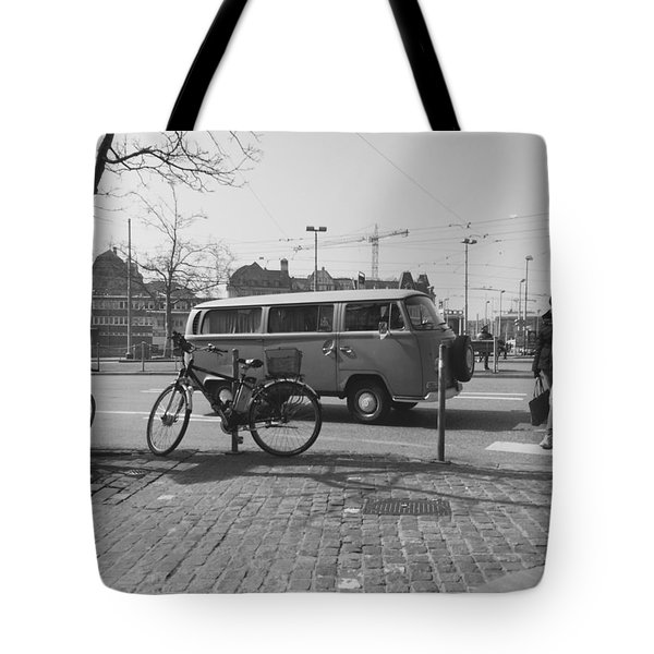 Vw Oldie Tote Bag