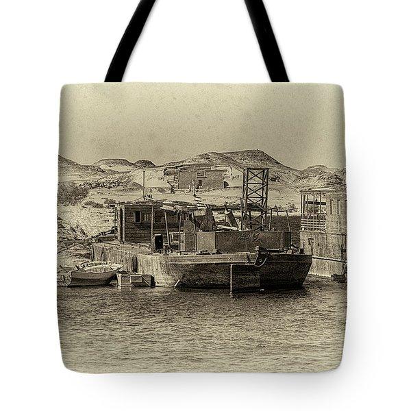 Wadi Al-sebua Antiqued Tote Bag