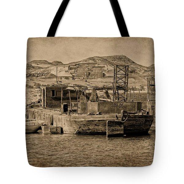 Wadi Es Sebua Tote Bag by Nigel Fletcher-Jones