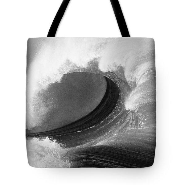 Waimea Bay Wave - Bw Tote Bag by Vince Cavataio - Printscapes