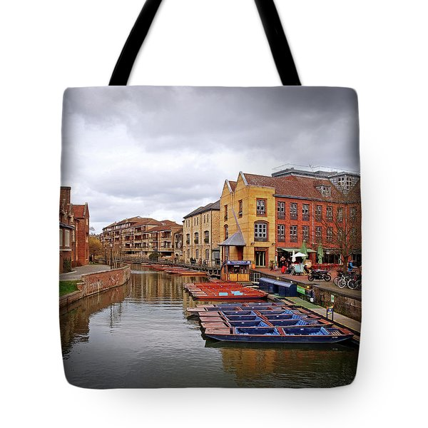 Tote Bag featuring the photograph Waiting For The Tourists Cambridge by Gill Billington