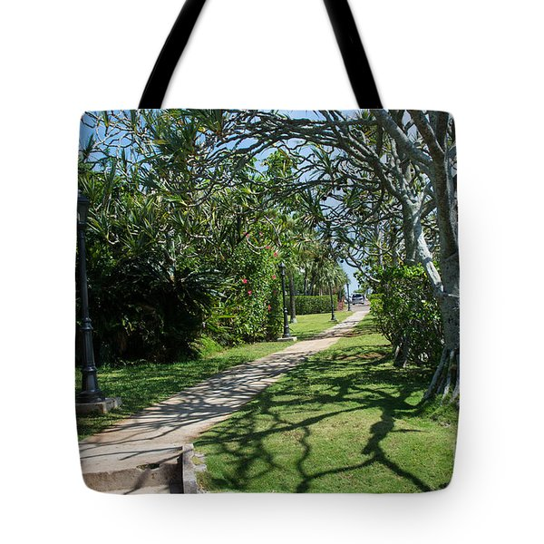 Walkway In Bermuda Tote Bag