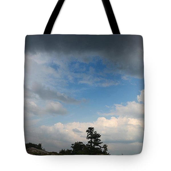 Wall Island 3623 Dramatic Sky Tote Bag