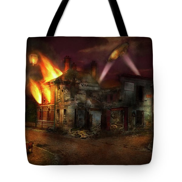 War - Wwi - Not Fit For Man Or Beast 1910 Tote Bag by Mike Savad
