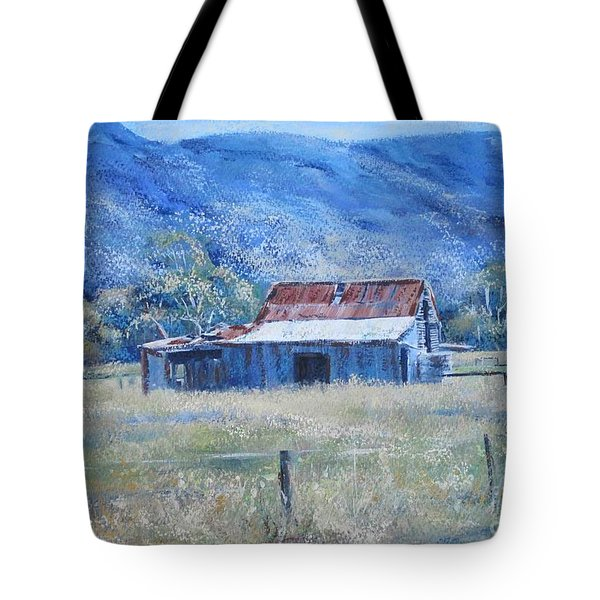 Warby Hut Tote Bag