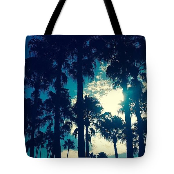Silhouette Of Paradise  Tote Bag