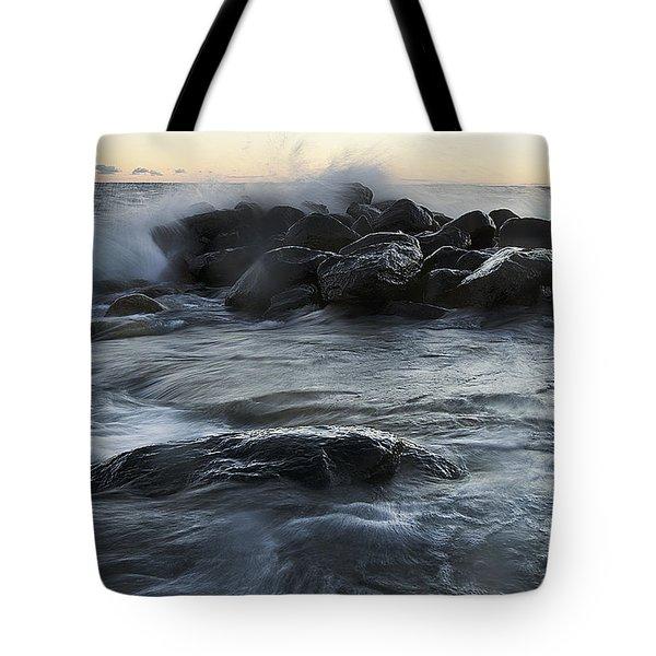 Wave Crashes Rocks 7838 Tote Bag