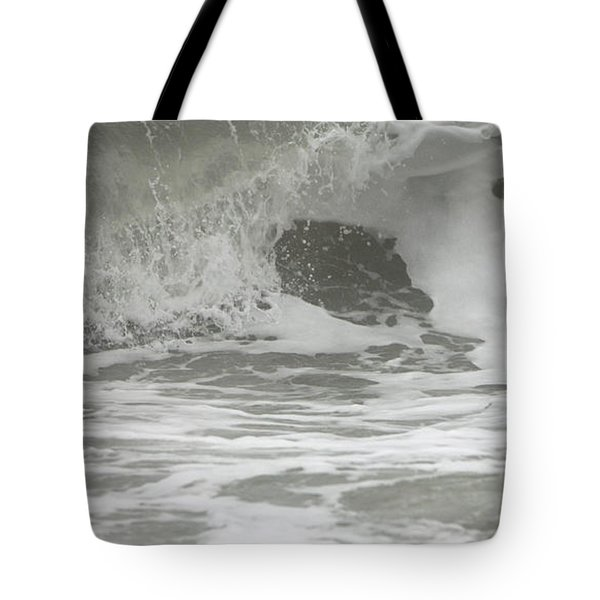 Wave Dropping Tote Bag