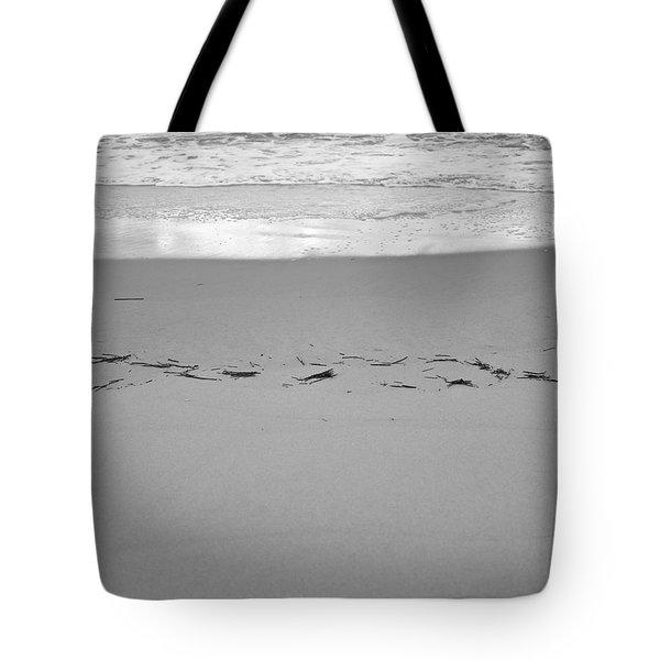 Wave Remarks Tote Bag