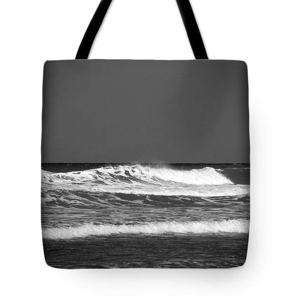 Waves 2 In Bw Tote Bag