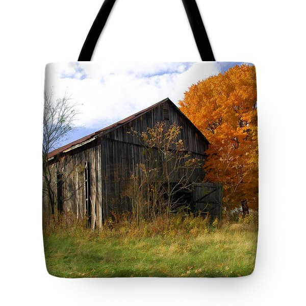 Weathered Barn 3 Tote Bag